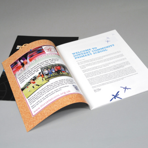 A4 Brochure staand: 100 grams GeUncoated